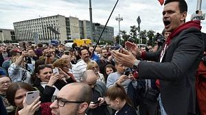Протесты в Москве и Гонконге: по общим методичкам