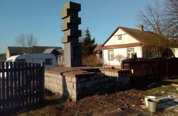 В Польше против восстановления памятника погибшим белорусам