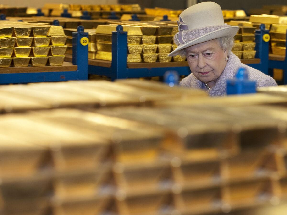 Сколько золота Британия купила у России, так ли незаменим Лондон и кто ещё хочет выйти из ЕС