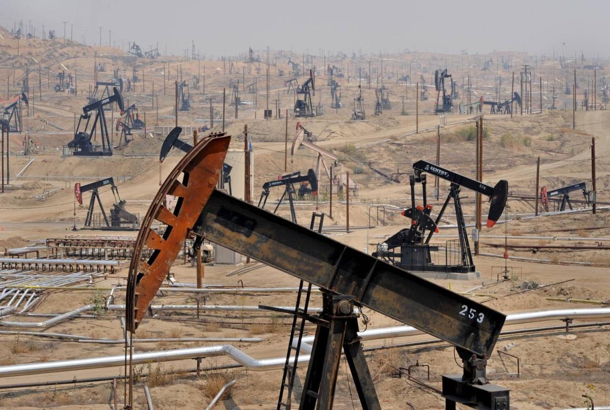 Нефтяная война, россияне инвестируют в Россию и избыток наличных в Германии